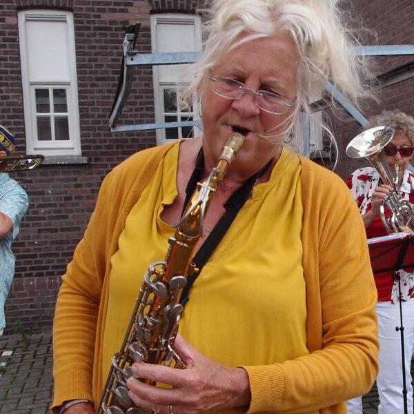 Margot tenor saxofoon